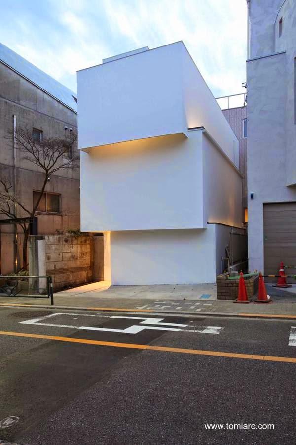 Casa minimalista en Tokio 2014