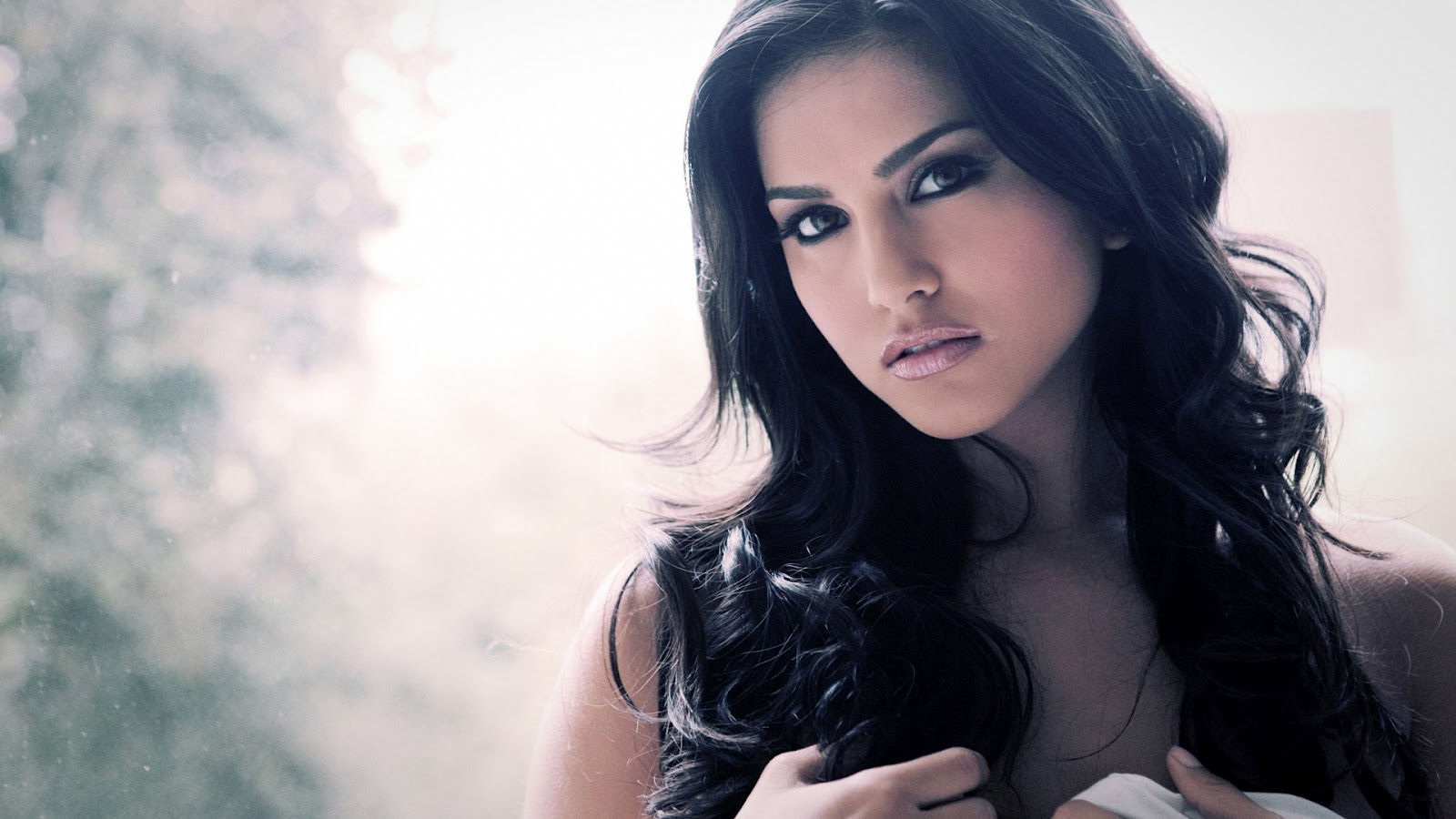 Sunny Leone Wallpaper - 13 - Fox News 5