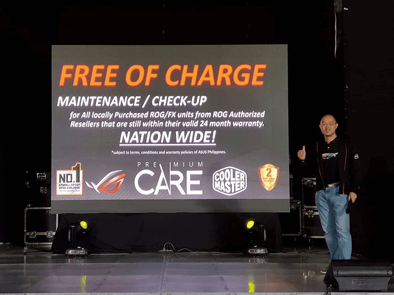 ASUS Country Manager George Su presents the ROG Premium Care features