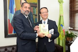 Presidente del Tribunal Superior Electoral recibe embajador de Taiwán