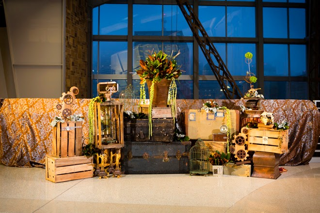 Ring In The Steampunk Decor To Pimp Up Your Home: Steampunk Wedding Inspiration