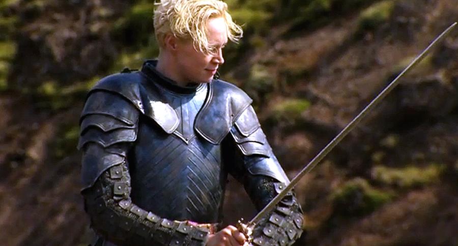 Gwendoline Christie în rolul Brienne din Game Of Thrones Sezonul 4