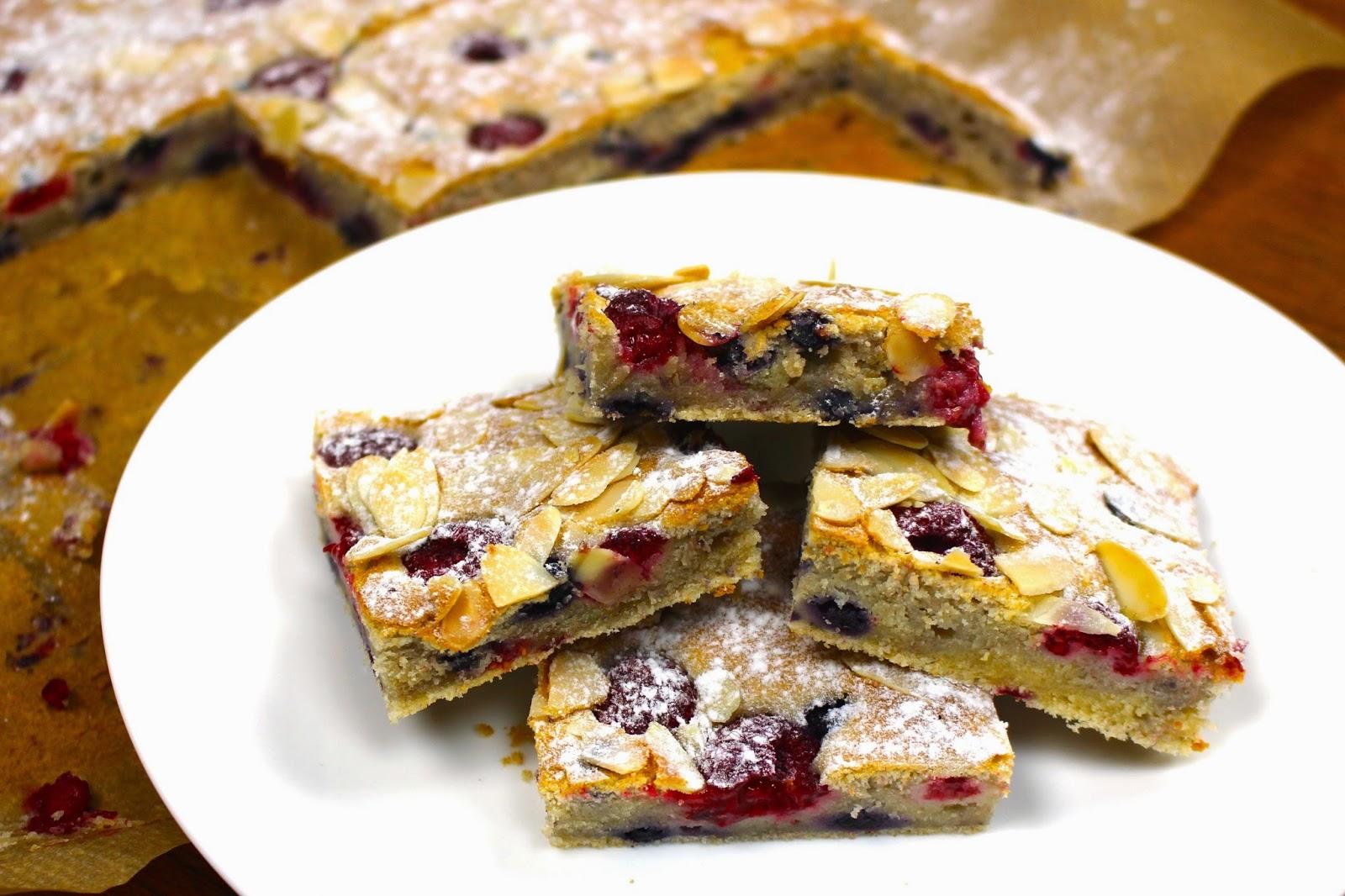 Beeren Sauerrahm Kuchen Mrs Flury Gesund Essen Leben