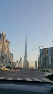 برج خليفة في النهار
