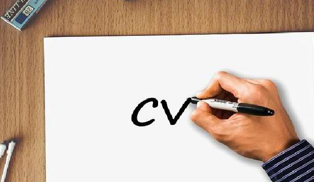 HRD & tim seleksi akan memilih cv terbaik dari sekian banyak pelamar kerja. Agar kamu terpilih, pelajari cara membuat cv agar tampil menarik perhatian di sini.
