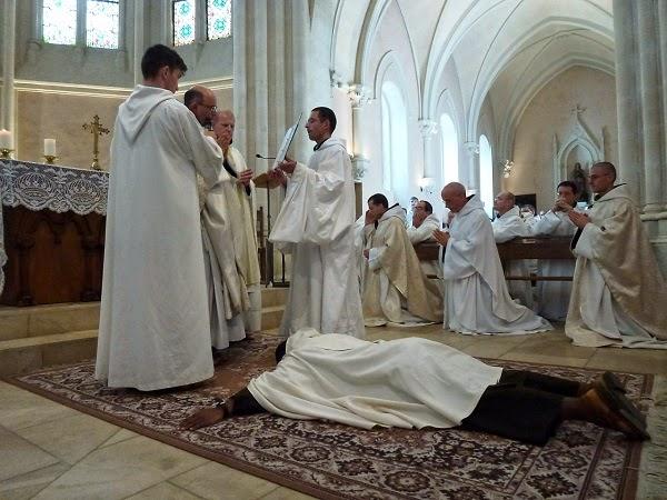 Profession solennelle d'un frère Carme Carmes Déchaux Carmel Province Avignon-Aquitaine