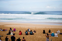 48 Koa Smith ens Pipe Invitational foto WSL Tony Heff