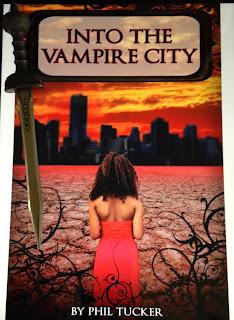 Portada del libro Into the Vampire City, de Phil Tucker