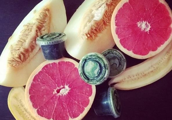 http://zielonekoktajle.blogspot.com/2016/08/trawa-melon-banan-grejpfrut.html