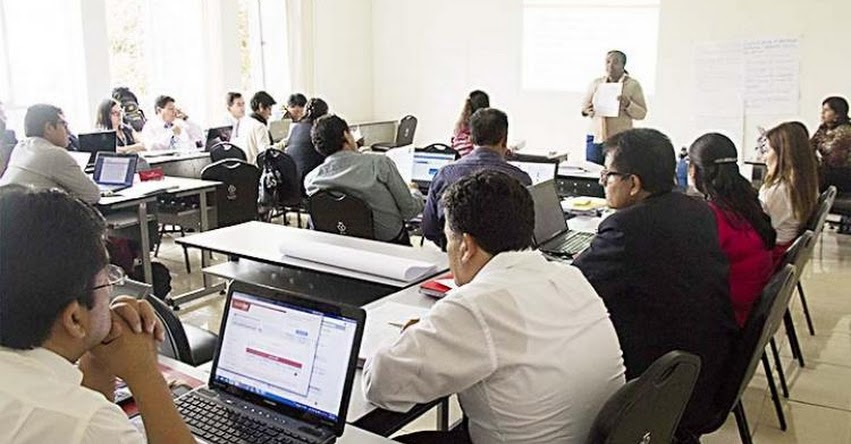 MINEDU: Más de 800 acompañantes pedagógicos son capacitados por el Ministerio de Educación - www.minedu.gob.pe