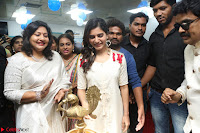 Samantha Ruth Prabhu Smiling Beauty in White Dress Launches VCare Clinic 15 June 2017 068.JPG