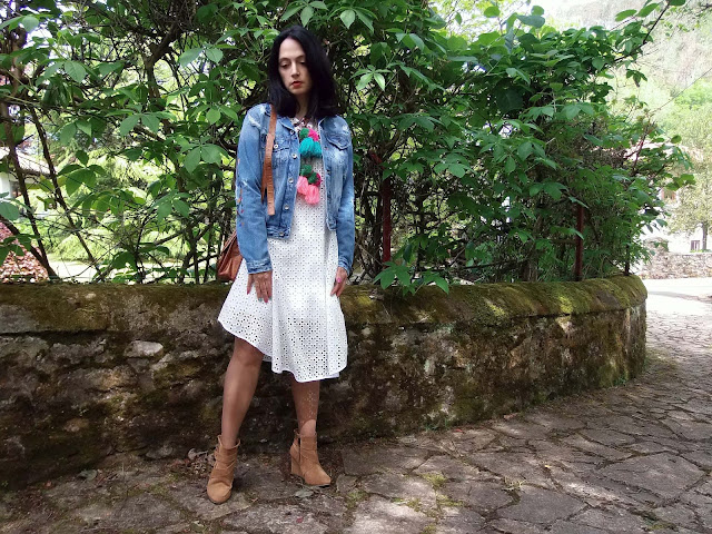 fashion, moda, look, outfit, blog, blogger, walking, penny, lane, streetstyle, style, estilo, trendy, rock, boho, chic, cool, casual, ropa, cloth, garment, inspiration, fashionblogger, art, photo, photograph, Avilés, oviedo, gijón, cudillero, floral, dress, vestido, denim, skull, illustrator, desing, zara, bershka, asos,