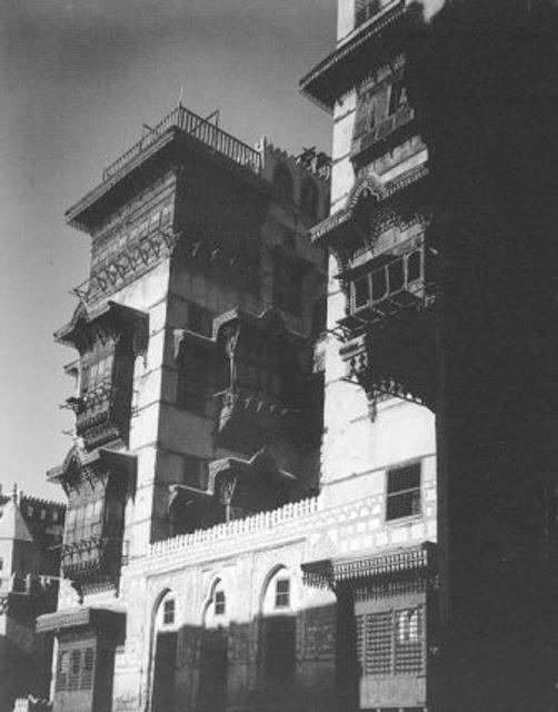 منزل في جدة وبجواره مسجد الحي 1917م