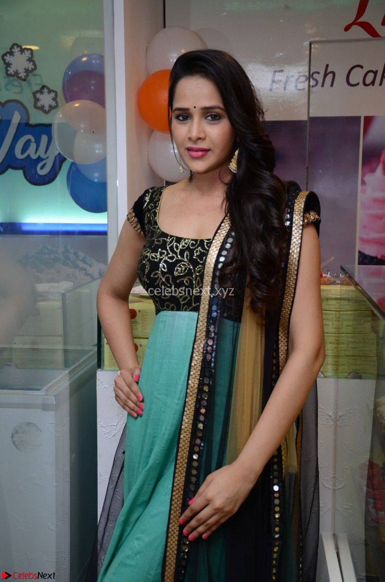 Abha Singhaal in beautiful Black and Green Anarkali Dress Spicy Pics