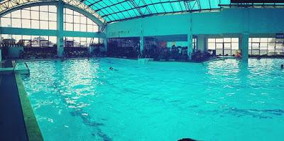 Bể bơi Bốn mùa Trần Hưng Đạo