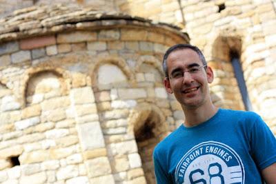Abside de la iglesia romanica de Llimiana