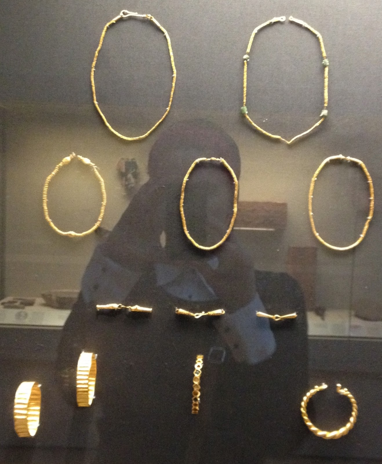 Retro Rack: British Museum Jewelry: Gold Torques and so much