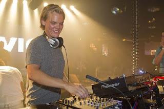 How music DJ Avicii died