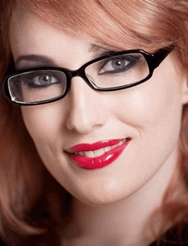 النظارات والعدسات الاصقة فى المكياج