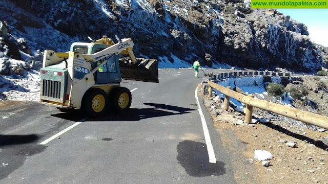 La Carretera del Roque sigue cerrada al tráfico por Santa Cruz de La Palma