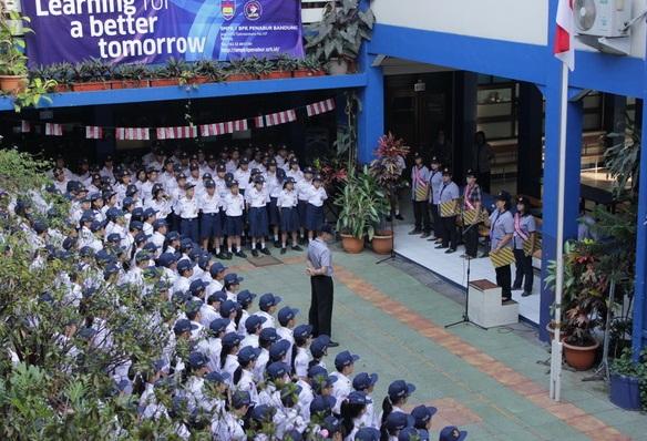 Daftar Peringkat 10 Besar SMP Terbaik di Provinsi Jawa Barat Berdasarkan Rangking Nilai UN Terbaru