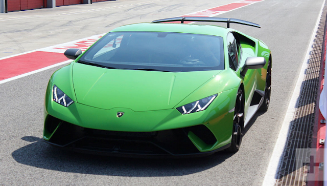 2018 Lamborghini Huracan Performante Review