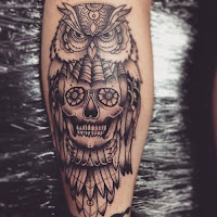 Tatuajes de buhos y calaveras