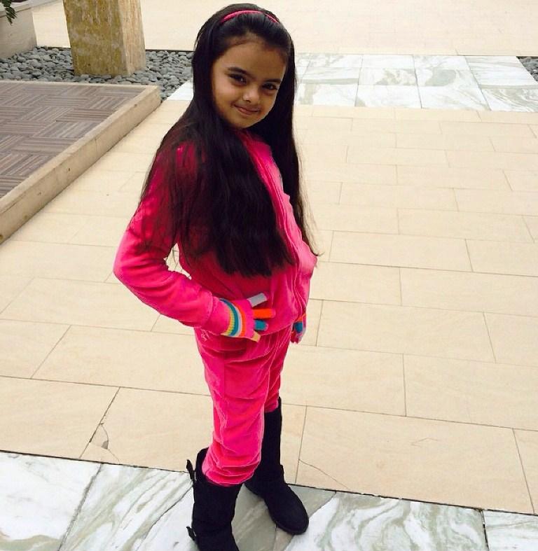Foto Ruhanika Dhawan_Pemeran Ruhi Raman Bhalla_Serial Mohabbatein ANTV_Cantik Imut Cerdas_sembilan belas
