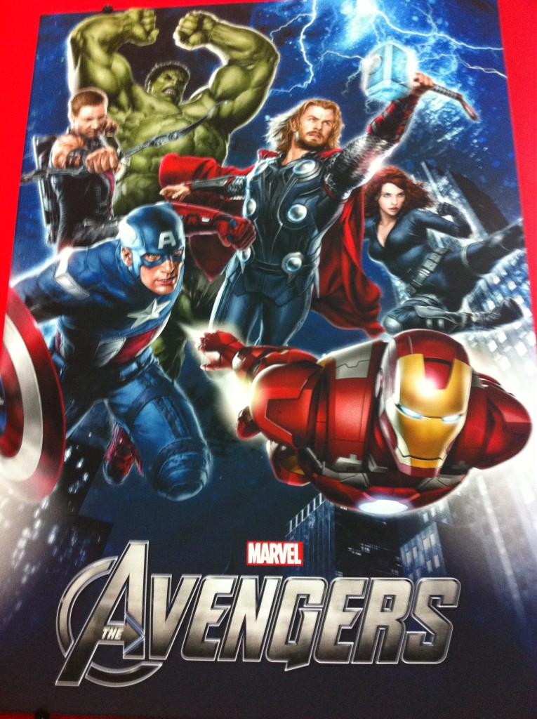 Cartaz De Os Vingadores Mostra Pela 1ª Vez Hulk Com O Semblante