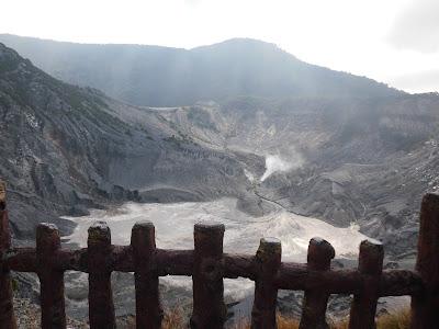 Kawah Gunung Tangkuban Parahu