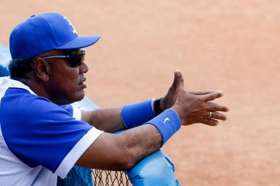 El manager de los Leones y hombre que nunca ha ocultado su reconocimiento a la MLB como la mejor pelota del mundo apuntaló la idea de seguir las Mayores y a,os cubanos que allí se desempeñan