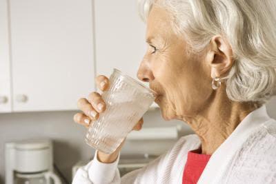 Proper Hydration in Seniors - El Paso Chiropractor