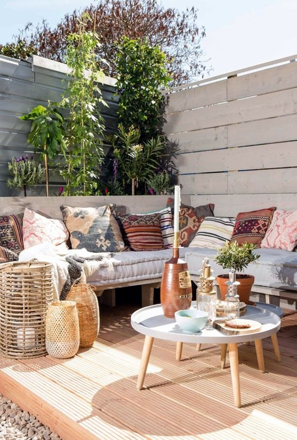 11 Ideas About Boho Chic Terraces - Very Cozy To Enjoy With Your Family 7