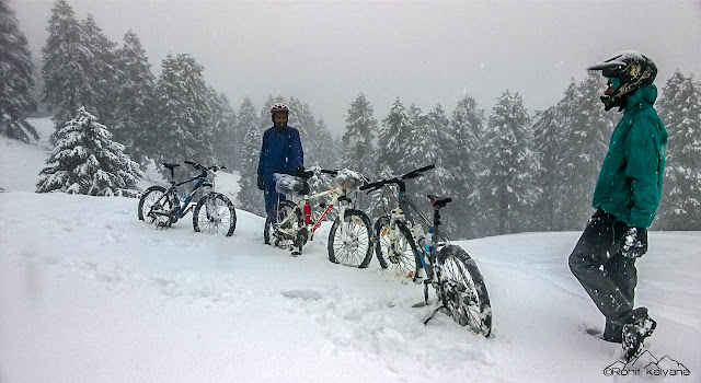mandi to prashar lake winter self supported cycling