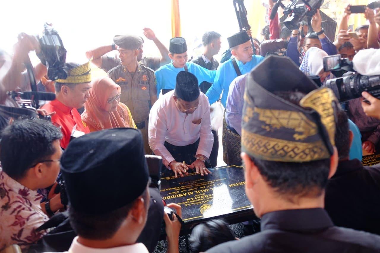 Kapolresta Pekanbaru Pimpin Langsung Pengamanan Peresmian Jembatan Siak 4