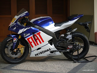 Modifikasi Ala Sport Bike moto GP Yamaha New Vixion