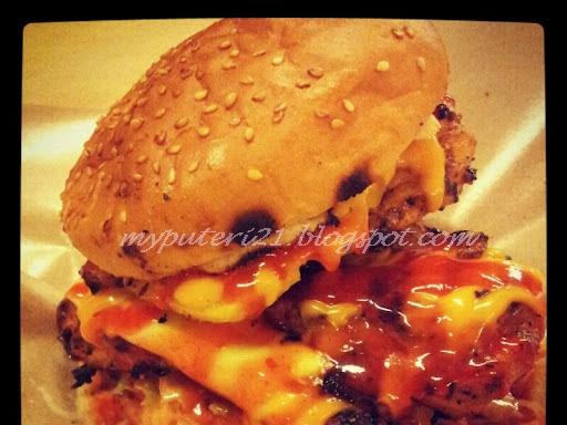 Ulangtahun Kelahiran/Burger Bakar Lava Grill,Serdang