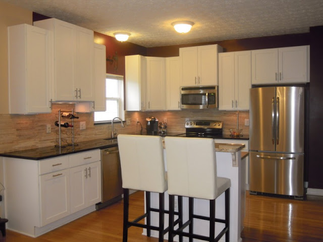 Wood kitchen styles with modern appliances and warm colors Wood kitchen styles with modern appliances and warm colors Wood 2Bkitchen 2Bstyles 2Bwith 2Bmodern 2Bappliances 2Band 2Bwarm 2Bcolors35