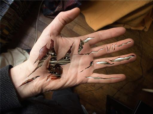 Excelente biomecânico/cyborg mão da tatuagem