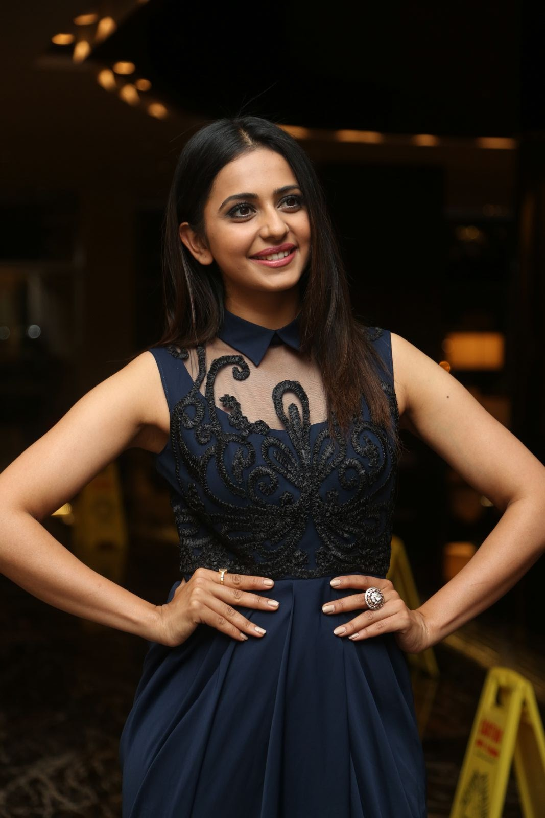 rakul preet singh latest sizzling photos-HQ-Photo-3