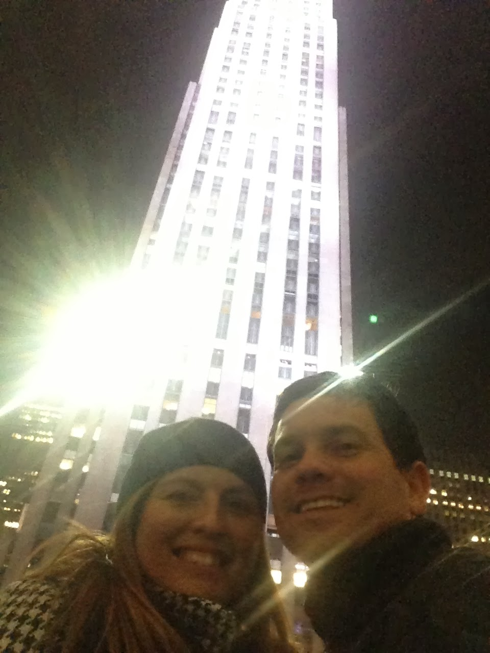 30 rockerfeller center, new york city, couple smiling