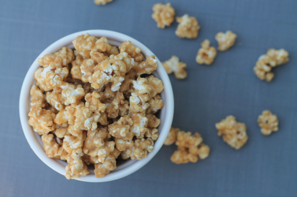 Peanut Butter Popcorn - like caramel corn but so peanut buttery and delicious