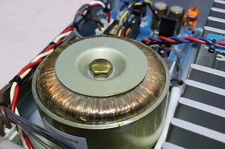 PM8001のトロイダルトランス