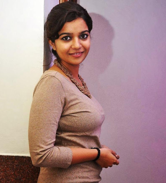 Swathi-reddy-actress-wallpaper5