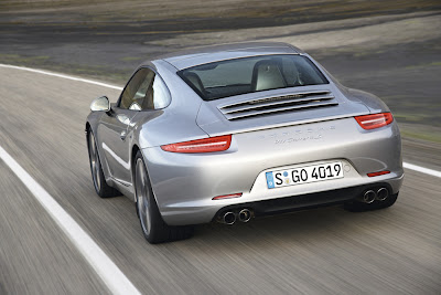 New Porsche 911 iPhone and iPad Application