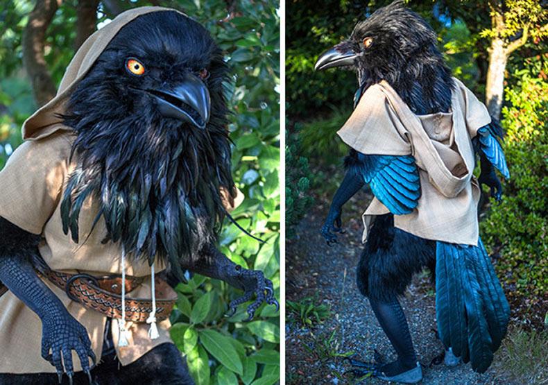 Gigante traje de cuervo hecho a mano por Rah-Bop