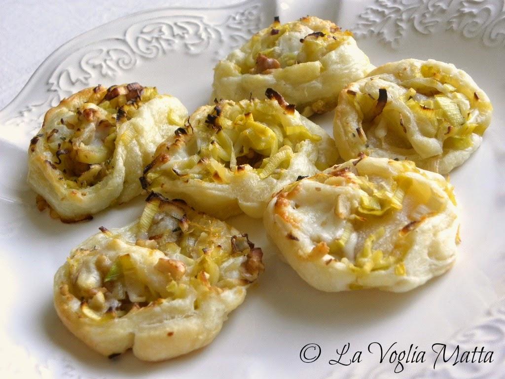 sfogliatine con i porri noci e formaggio di capra