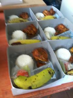 pesan nasi box murah di jakarta 085692092435