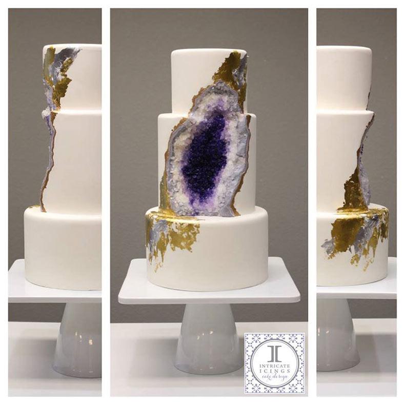 Pastel de bodas geoda de amatista por Intricate Icings