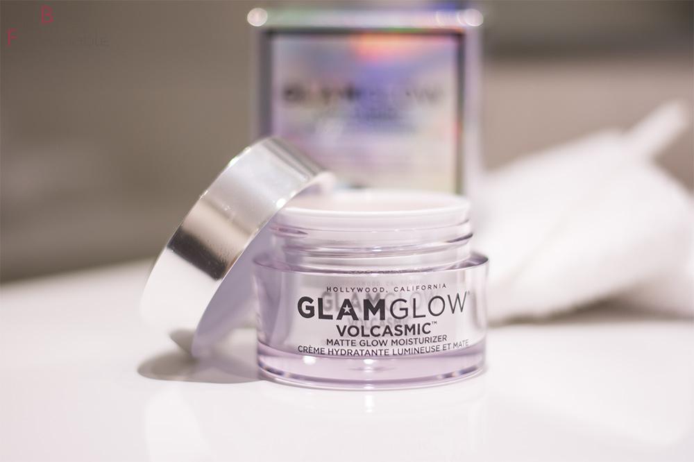 GlamGlow Volcasmic Matte Glow offen